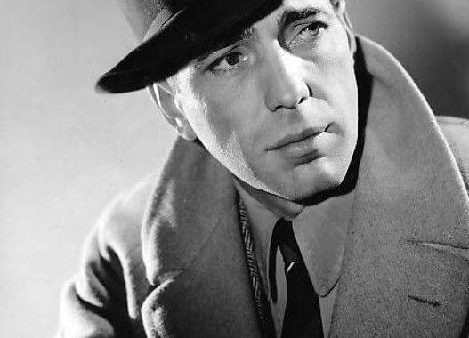 Humphrey_Bogart_1940-527x380