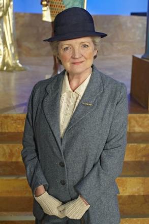 Miss-Marple-Julia-McKenzie
