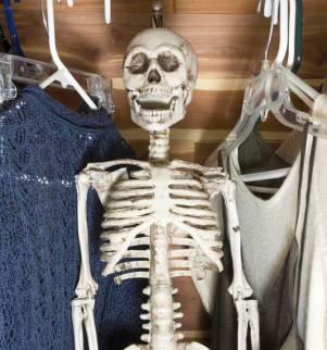 skeleton-in-closet