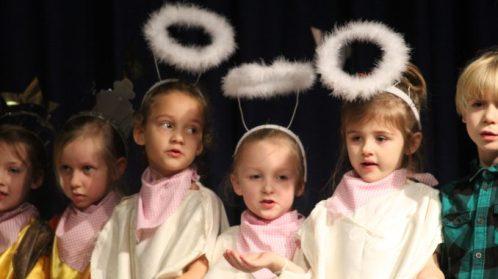 hawes-school-angels-678x381